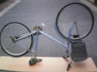 自転車の 自転車 空気 抜ける バルブ : 自転車パンク修理方法 虫ゴム ...